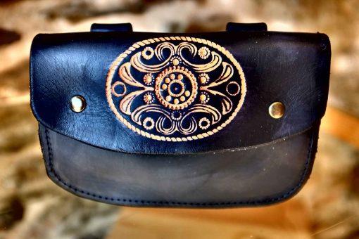 Pochette ceinture noire, motif flore