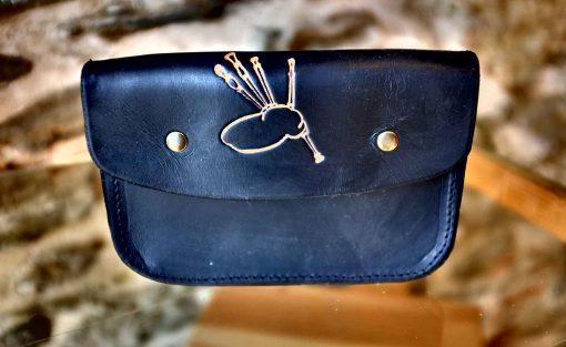Pochette ceinture noire, motif cornemuse