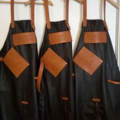 Tablier en cuir de vachette